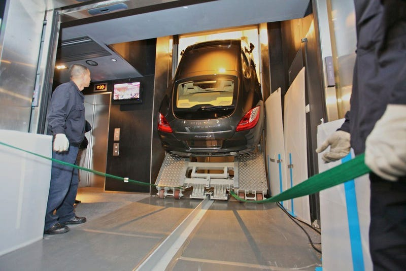Porsche Panamera Takes Elevator To 94th Floor