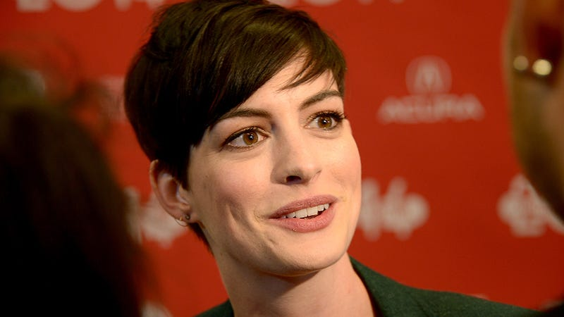 Anne Hathaway Never Almost Drowned But Appreciates Your Concern