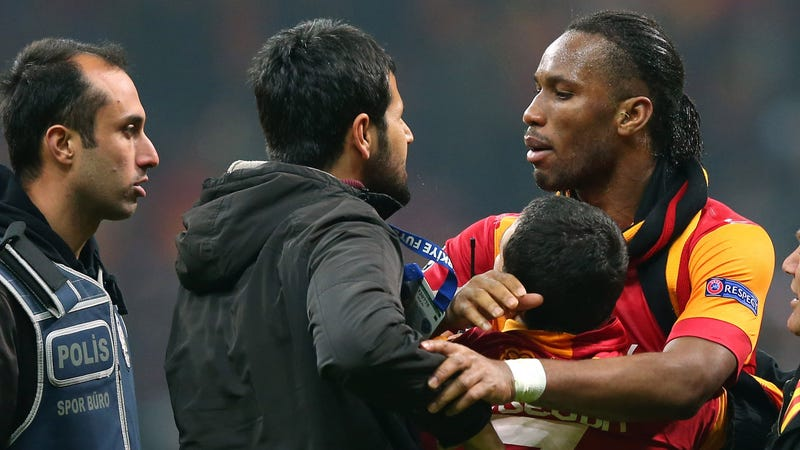 Galatasaray To Protest Racism Against Drogba By Wearing Blackface