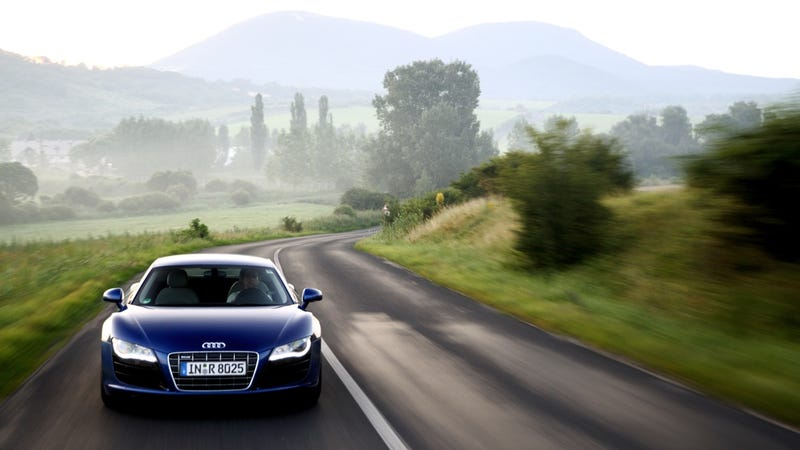 Audi R8 V10: The Supercar's New Clothes