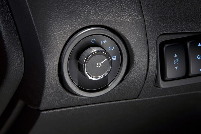 2010 Ford Taurus: More Hot, Less Bull