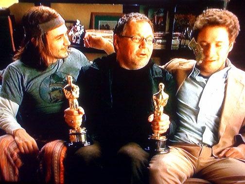 Liveblogging the Oscars: Who Loves Surprises? We Do!