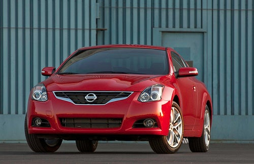 2010 Nissan Altima: Maxima-ized, For Your Pleasure