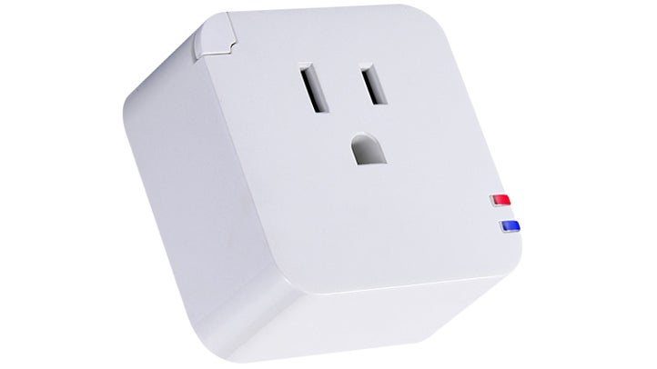 When Your Internet Goes Out, This Smart Plug Resets Your Router Until It Works Again
