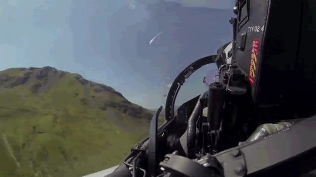 Flying inside the cockpit of a fighter jet is the best roller coaster