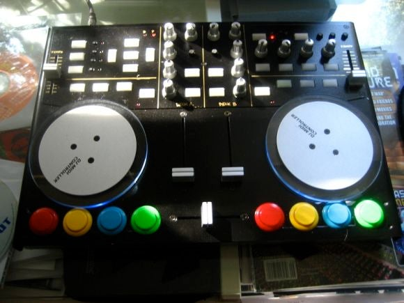 Vestax VCI-100 Mixer Modded with Arcade Game Buttons