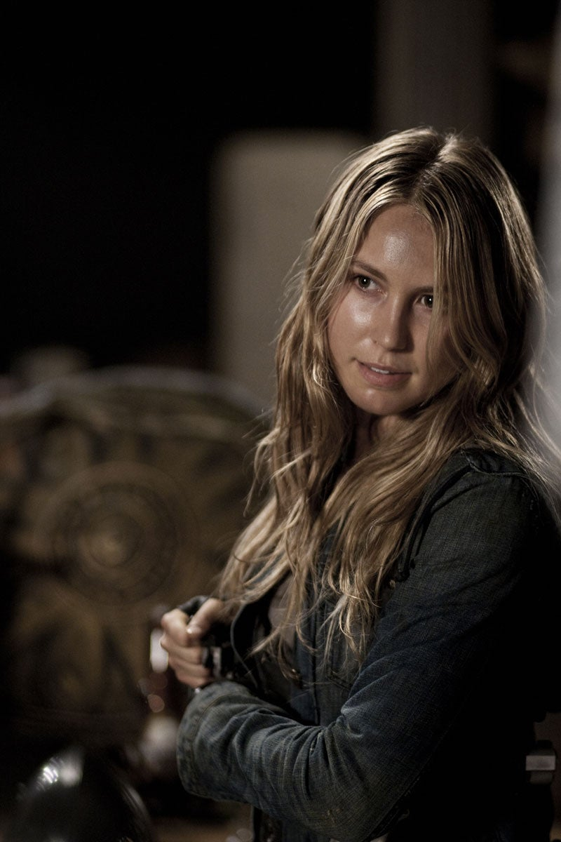 """Falling Skies hour 2 """"The Armory"""" photos"""