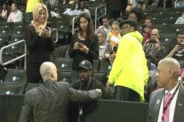 Here Is A GIF Of A Vigorous Handshake Between Shaka Smart And Spike Lee