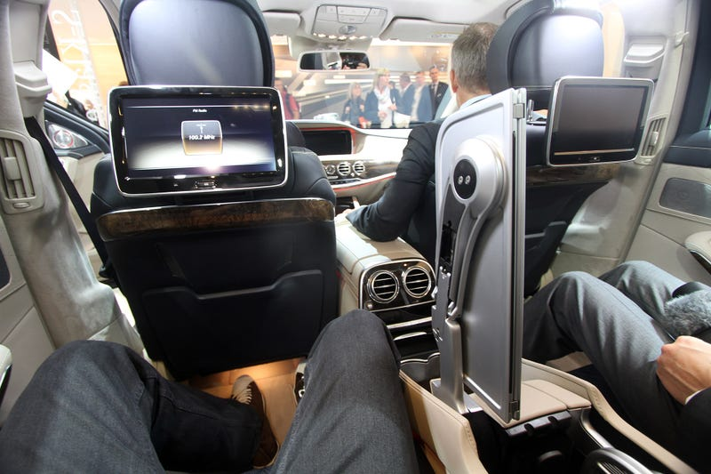 The Mercedes S-Class Has The Best Fold-Out Table Ever