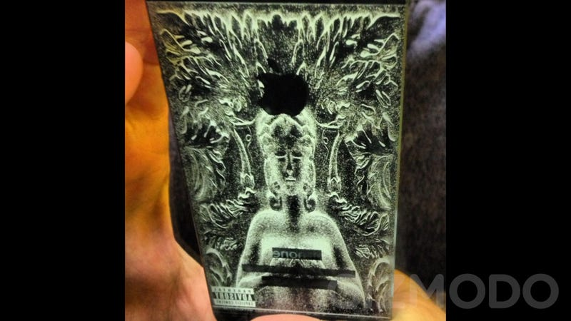 These Laser-Engraved iPhone 5s Look Really Cool