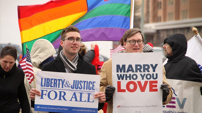 New Federal Benefits to Be Extended to All Married Same-Sex Couples