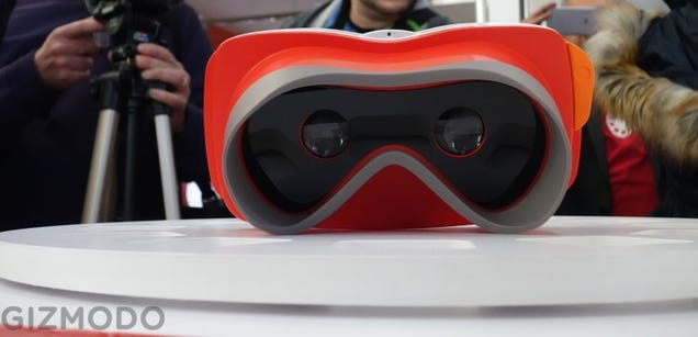 Google's Helping Turn the View-Master Into a Virtual Reality Headset
