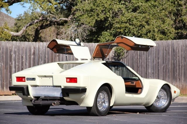 Fly Away In A Cheap Gullwing Equipped VW Aquila Kit Car