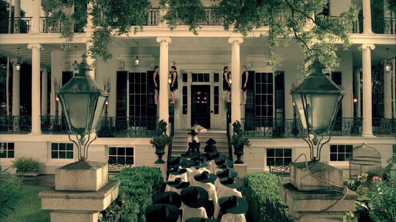 Practice Some Bitchcraft at 'American Horror Story's Real-Life Locations