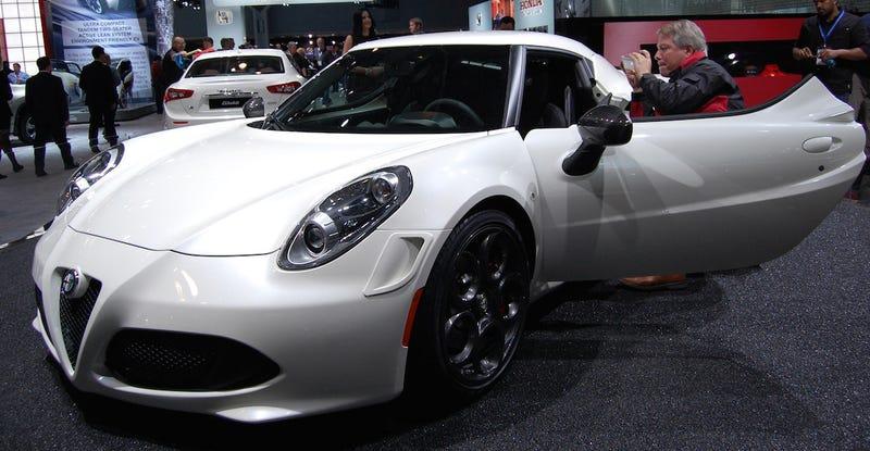 Huzzah! The U.S.-Spec Alfa Romeo Will Have Manual Steering