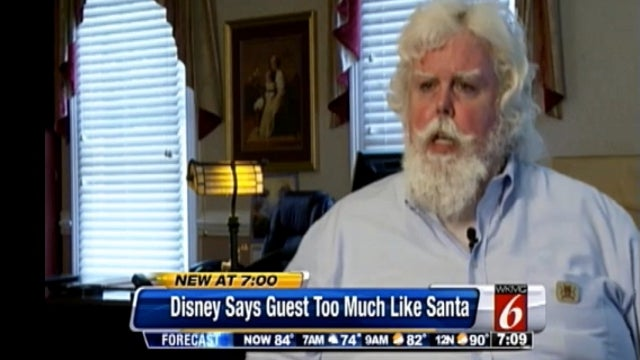 Disney World Orders Guest to Change His Clothes Because He Looked Too Much Like Santa Claus