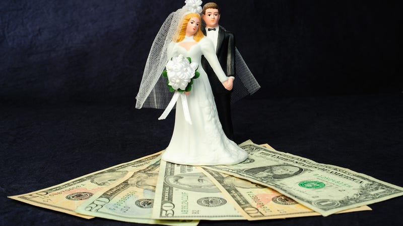 Irresponsible Brides-to-Be are Splurging on Weddings While Their Reasonable Beaus Prefer to Budget