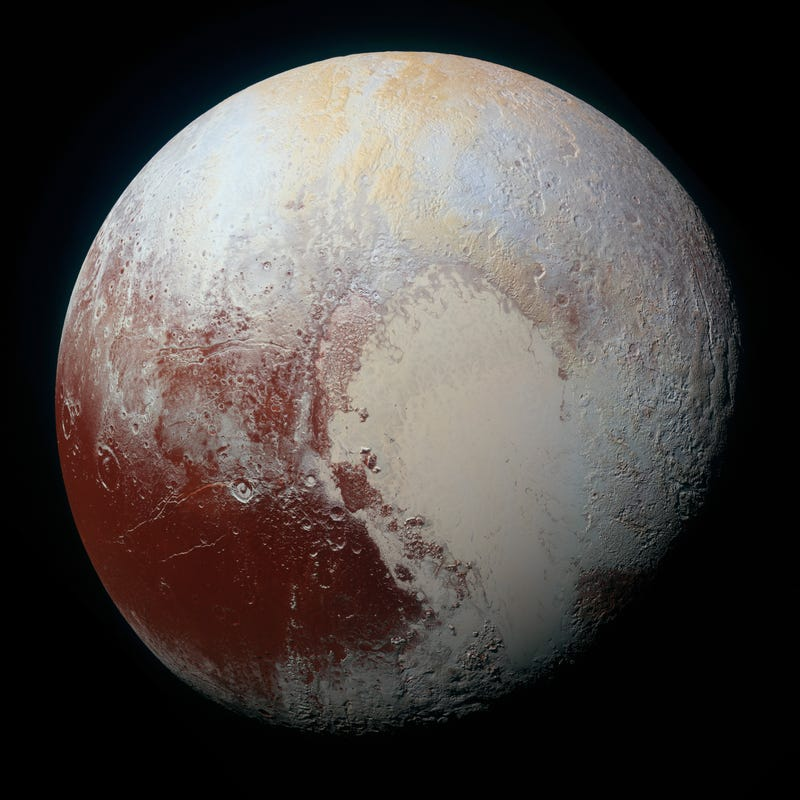 You Can See the Color of the Sky in the Newest Pluto Pictures—and It's Blue