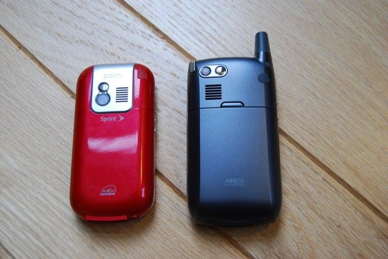 Palm Centro vs Treo 700 vs iPhone vs BlackBerry Curve