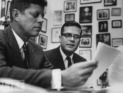 Ted Sorensen, JFK Speechwriter, Dies at 82