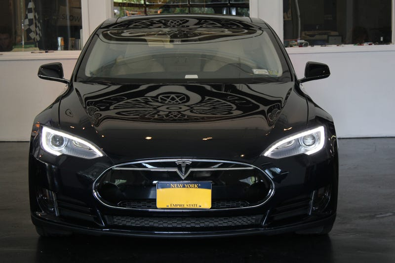 Ride The Lightning - 2012 Tesla Model S Review
