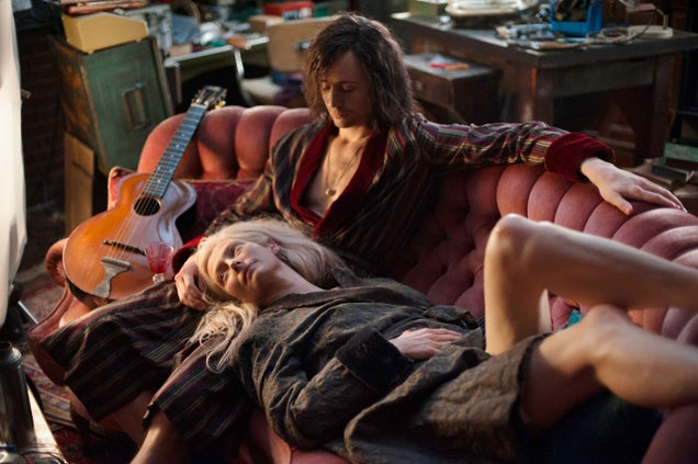 Tom Hiddleston and Tilda Swinton Only Lovers Left Alive