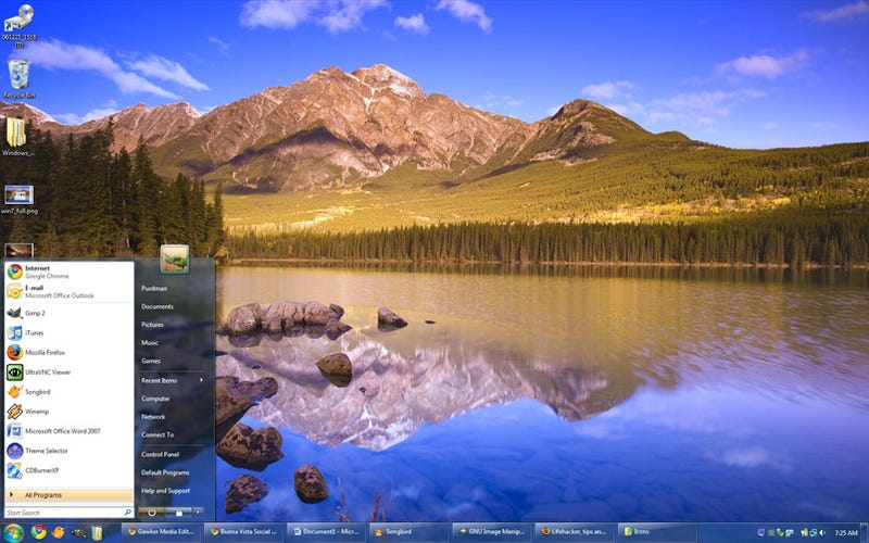 Get the Windows 7 Look in Vista, None of Its Power