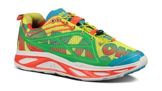 "Are ""Maximalist"" Running Shoes The Next Big Con? No One Knows!"