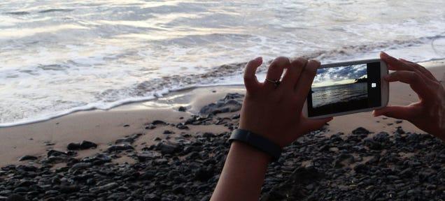 The $800 Camera I Didn't Use To Share My Hawaiian Vacation Photos