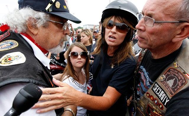 Sarah Palin's Bus Tour Confounds Reporters