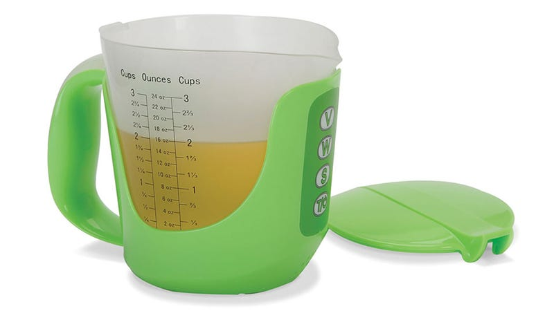 Talking Measuring Cup Will Never Critique Your Kitchen Skills