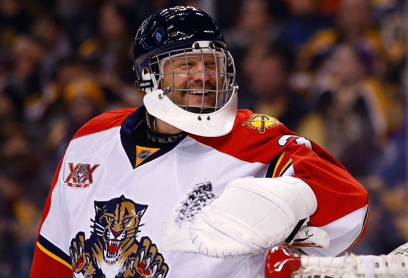 Tim Thomas Torn From Loving Arms Of Roberto Luongo