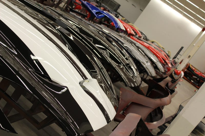 Here's How The SRT Viper Is Painted By Hand In An Old Kmart