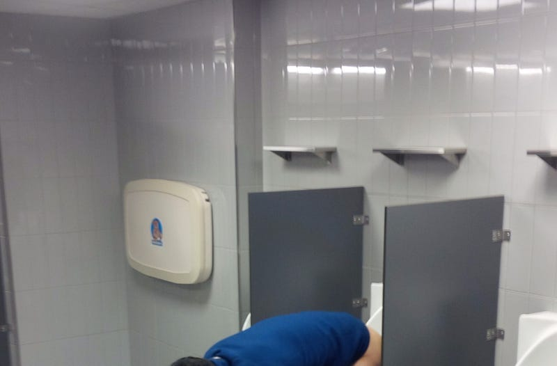World's Saddest Nets Fan Shits Into Urinal While Vomiting (NSFW)