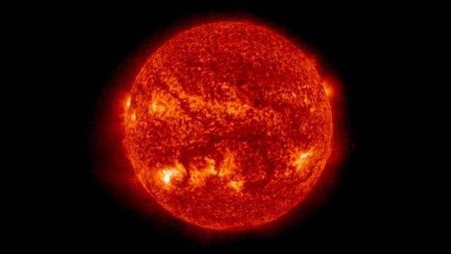 We Were Totally Wrong About the Sun's Shape Until Yesterday