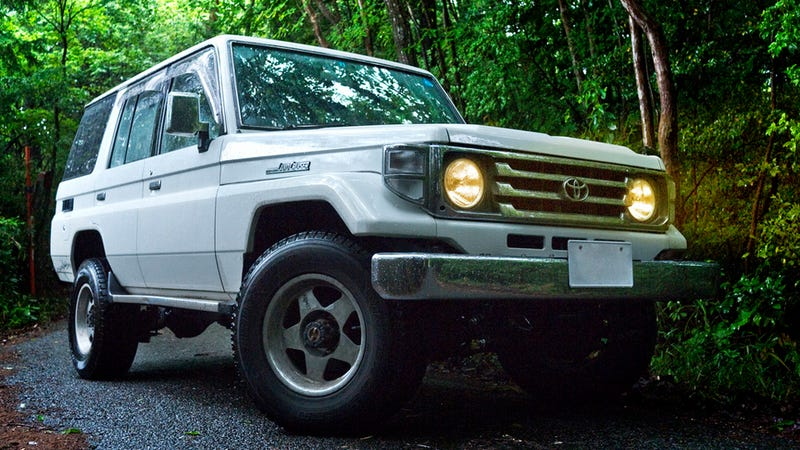The Ten Best Vehicles For Exploring The World