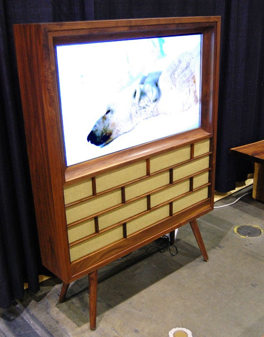 M21 Flat Panel has Mid-Century Roots with 21st Century Tech