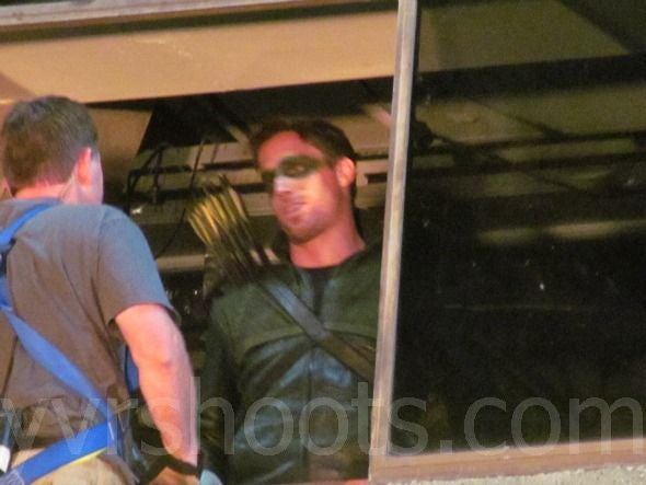 Behind the Scenes Stunt Photos of Arrow