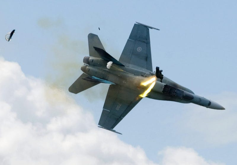 Pilot Ejects An Instant Before Jet Crash