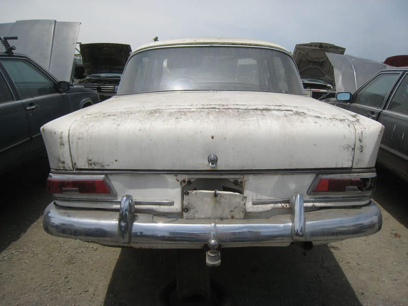 Happy Tailfins And All, This 1965 Mercedes-Benz 190c Is Crusher-Bound