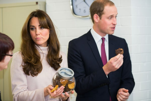 Fat Face, Eating a Cookie, Wearing a Coat: How Did We Miss The Signs That Kate Middleton Was Pregnant?