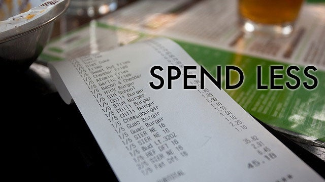 How to Save Money When Dining Out