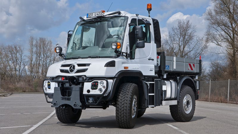 The Best Thing About Mercedes-Benz's New Unimog
