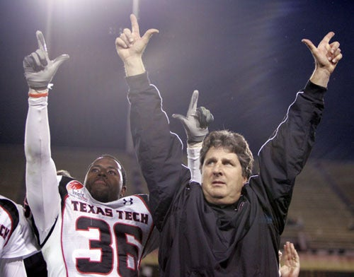 College Football Preview: I've Got a Crush on Mike Leach