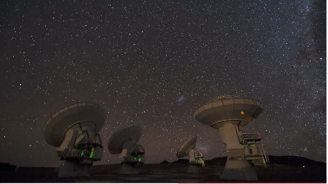 A gorgeous time-lapse video of the universe, recorded from a plateau in Chile