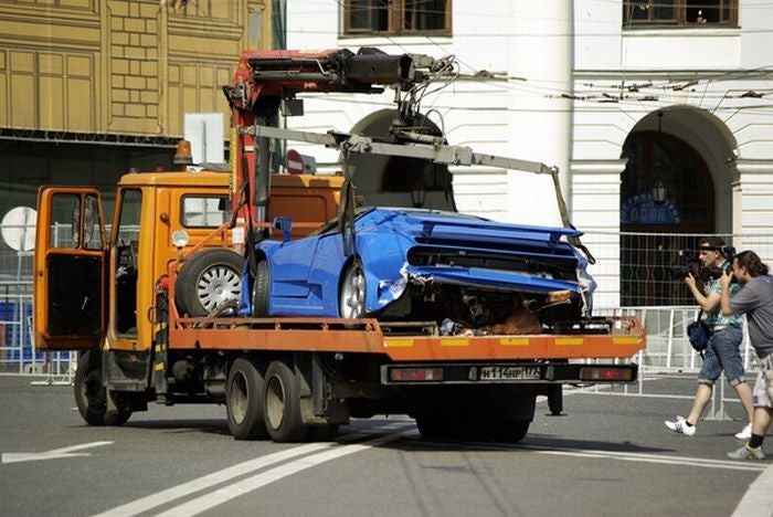 Bugatti EB110 Crashed In Moscow