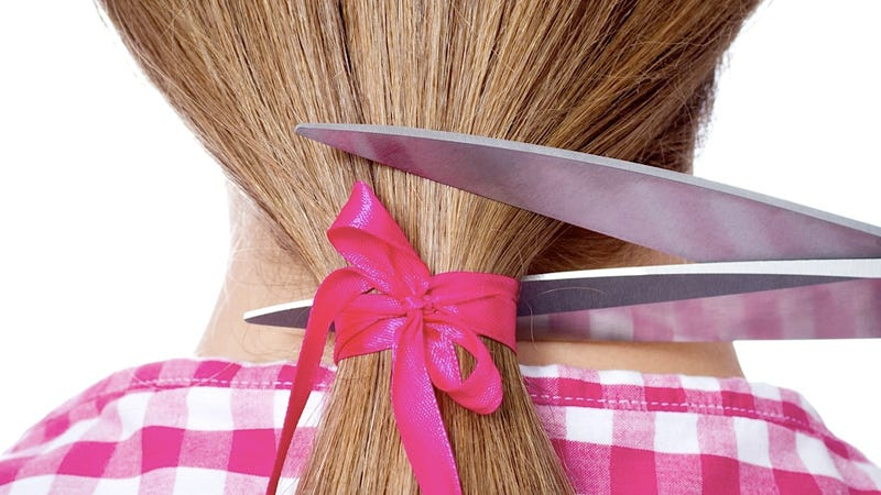 Utah Judge Orders Mother to Cut Her Daughter's Ponytail as Part of Shitty Public Punishment