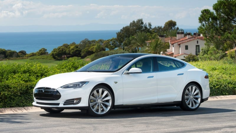 CNN's Tesla Model S Had Some Of The Problems Elon Musk Told Us Were Fixed