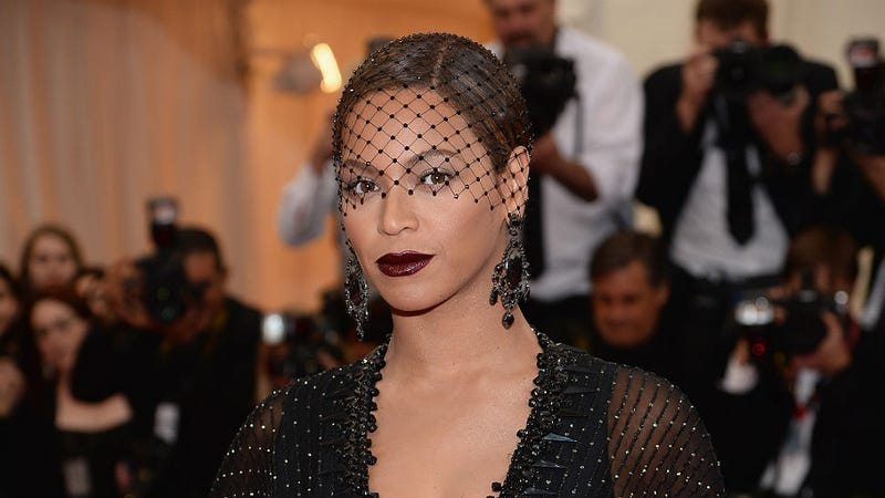 What bell hooks Really Means When She Calls Beyoncé a 'Terrorist'