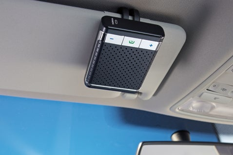 Nokia Speakerphone HF-300 Installs in a Snap, Knows When to Turn Off